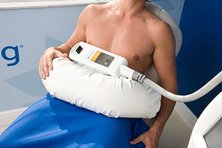 male getting CoolMax treatment